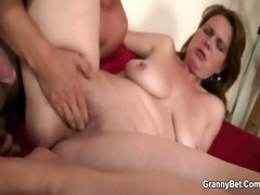 drunken mommy acquires her cunt fucked