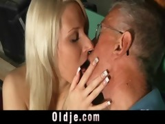oldman blessed with a youthful pussy for fuck